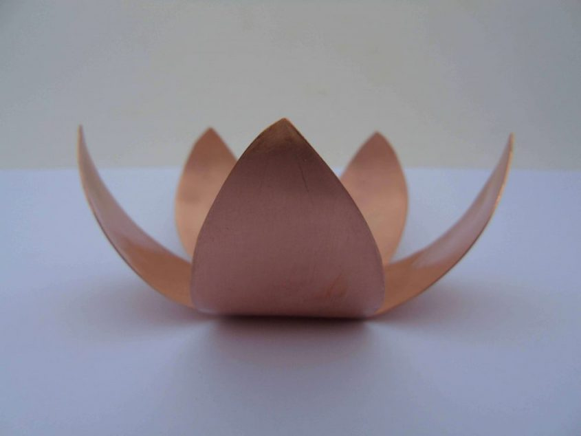 lotus shaped tealight holder from the side