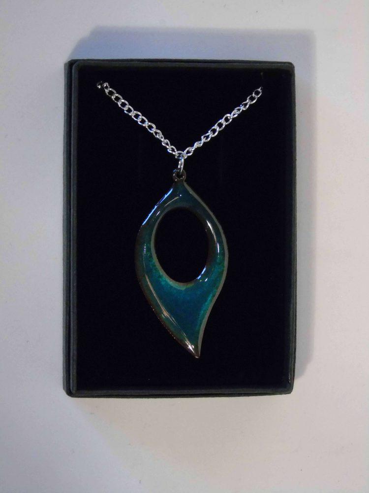 enamelled transparent tuquoise leaf shaped necklace