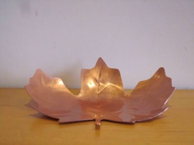 leaf tealight holder